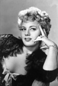 Biografía de Shelley Winters
