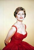 Biografía de Sophia Loren