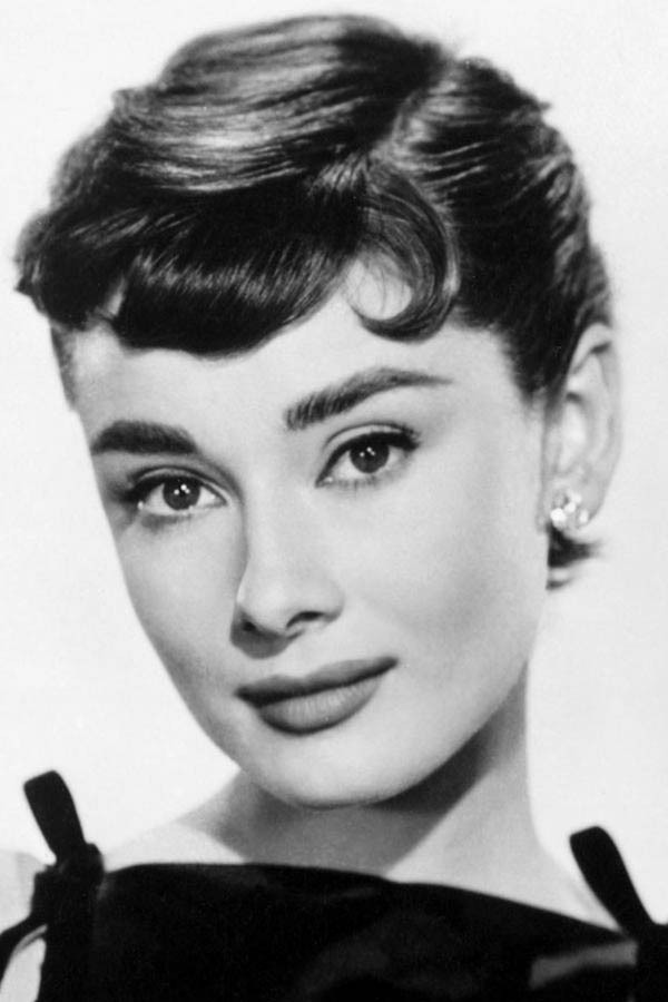 audrey hepburn biograf a pel culas series fotos v deos y noticias estamos rodando. Black Bedroom Furniture Sets. Home Design Ideas