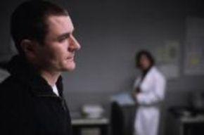 'Las dos vidas de Andrés Rabadán', laberinto jurídico y psiquiátrico