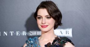 Anne Hathaway producirá y protagonizará 'The Shower'
