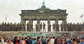 5 películas sobre la caída del muro de Berlín