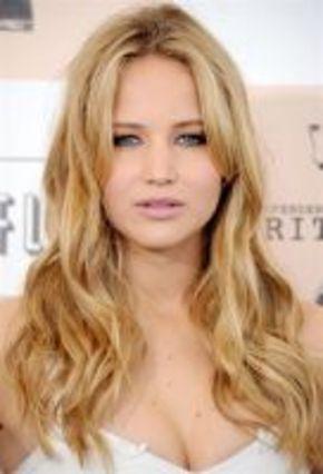 Jennifer Lawrence anunciará los nominados a los Oscar 2012