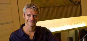Neil Burger reconoce que comparen 'Divergente' con 'Los juegos del Hambre'