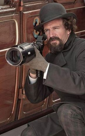 Ralph Fiennes presenta su segunda película como director, 'The invisible woman'