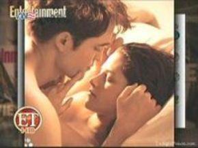 Robert Pattinson y Kristen Stewart, desnudos y enamorados en 'Amanecer'
