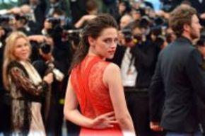 Kristen Stewart pide disculpas públicamente por su infidelidad