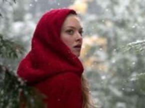 Primera foto de Amanda Seyfried como la nueva y gótica Caperucita Roja