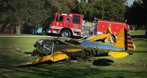Harrison Ford, hospitalizado tras estrellarse con su avioneta