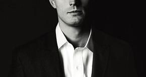 Nuevo cartel de 'Cincuenta sombras de Grey', con el seductor Christian Grey