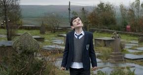 Impresionante estreno de 'Un monstruo viene a verme' en la taquilla española