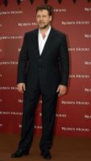 Russell Crowe, posible nuevo Drácula en 'Harker'