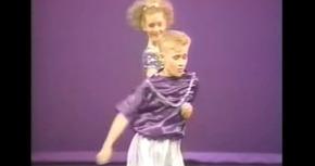 Un vídeo de Ryan Gosling bailando con 12 años triunfa en YouTube
