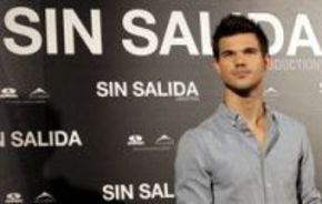 Taylor Lautner visita España para presentar 'Sin salida'