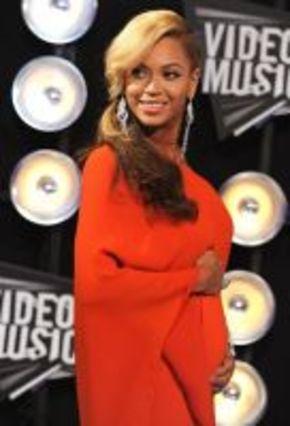 La maternidad de Beyonce podría retrasar el rodaje de 'Ha nacido una estrella'