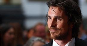 Sony se vuelve a fijar en Christian Bale para encarnar a Steve Jobs
