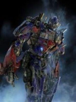 Michael Bay confirma que 'Transformers 3' será definitiva