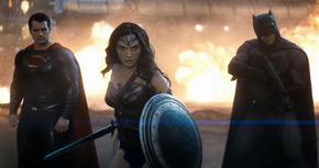 'Batman v Superman', nuevo tráiler con Wonder Woman y Doomsday