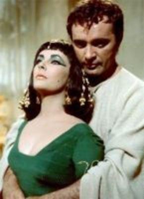 La historia de amor de Liz Taylor y Richard Burton podría saltar a la gran pantalla