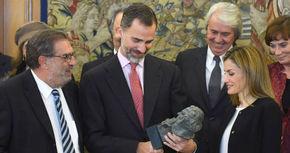 Los reyes Felipe y Letizia pasan de los Goya un año más